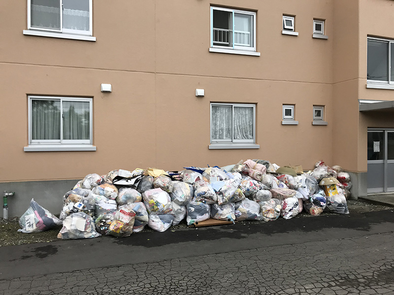 搬出されたゴミ