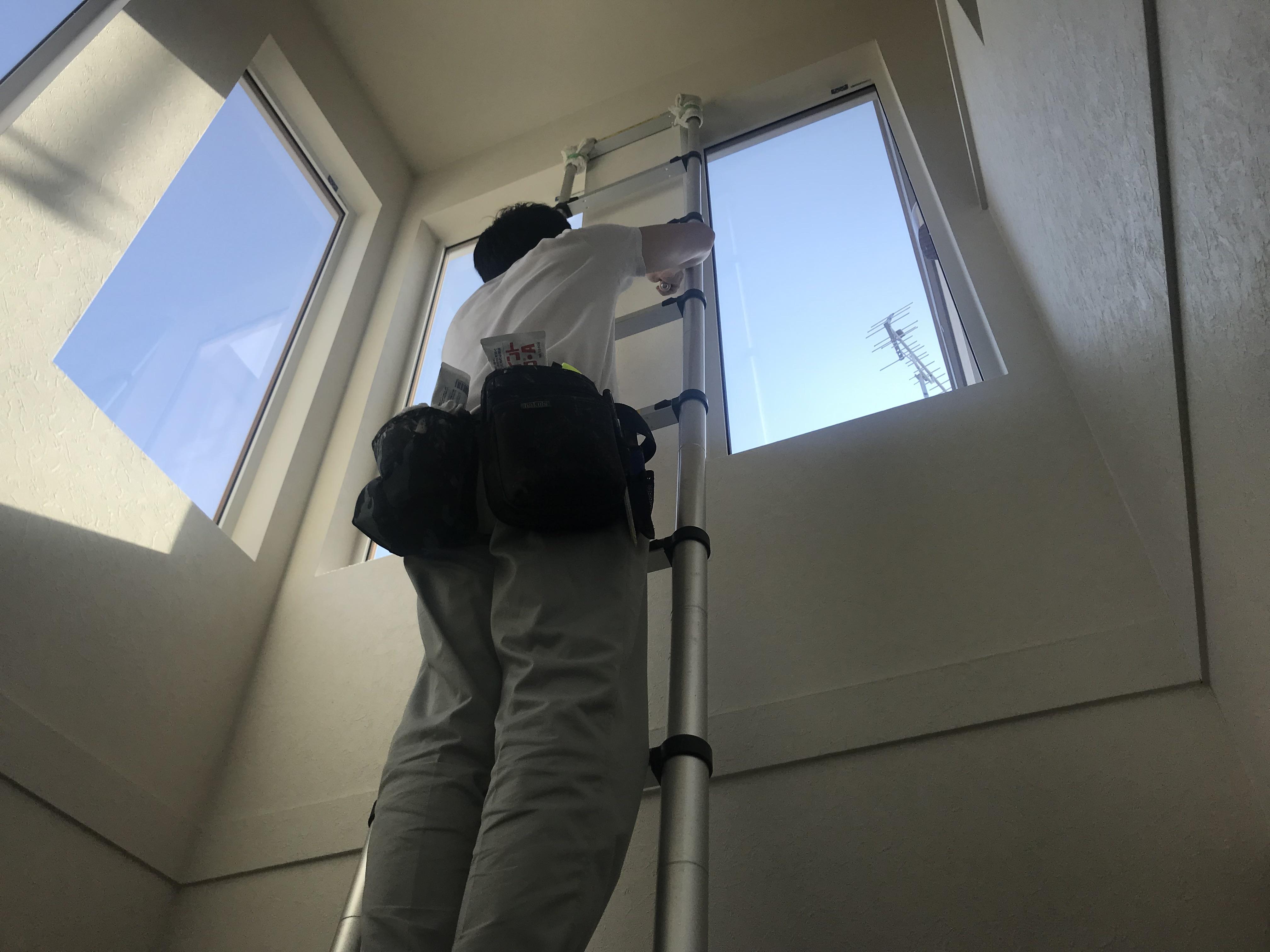 厚別区のクロス張替え、不用品の処分、ゴミ屋敷清掃、遺品整理なら便利屋ラビット