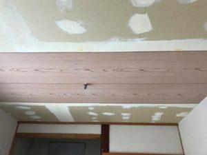 和室天井のクロスの貼替