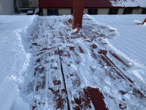 アパートの雪下ろし