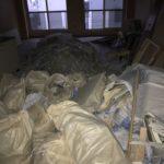 産業廃棄物の片付け作業